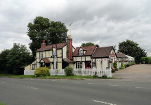 Stapleford Abbotts, The Rabbits Public House, Essex © Phil Gaskin